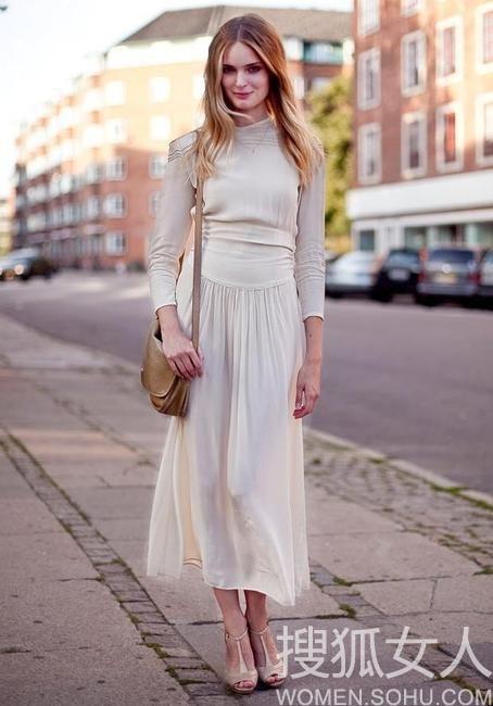 懒人显瘦秘笈 长裙秀出完美比例